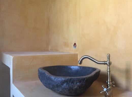 Αποπεράτωση εξοχικών κατοικιών στη Χιλιαδού Φωκίδας