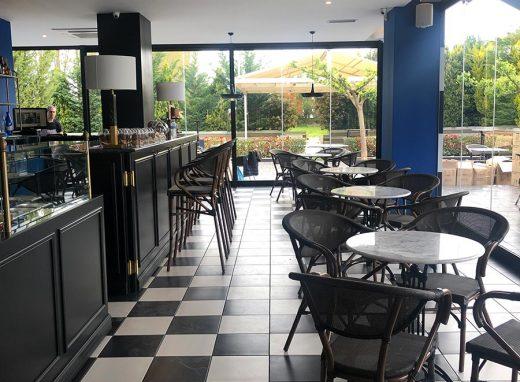 Ανακαίνιση Cafe-Ζαχαροπλαστείου στο Νεοχώρι Μεσολογγίου